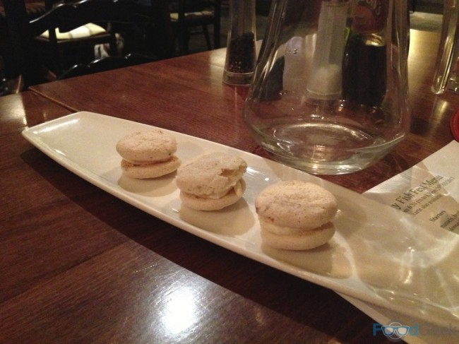 Petit Four - Almond Meringue Macaroons