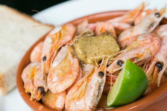 Beer Boiled Shrimp with Dirty Butter