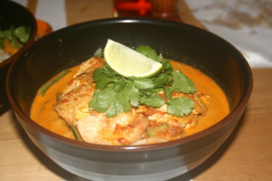Coconut & Lemongrass Soup with Chicken