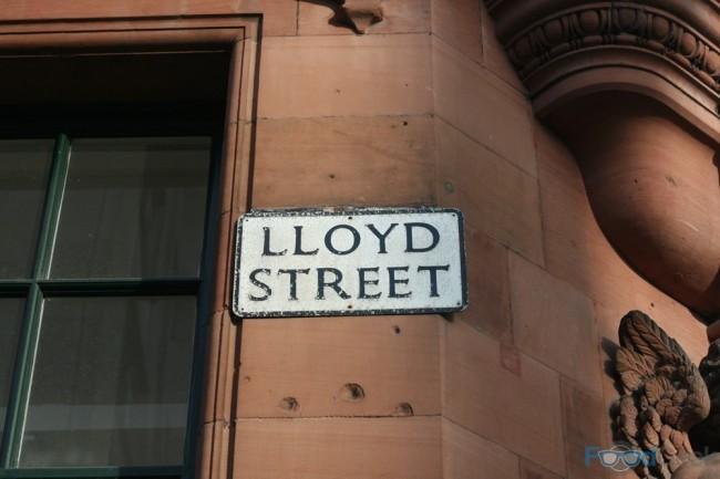 Gusto, Lloyd Street