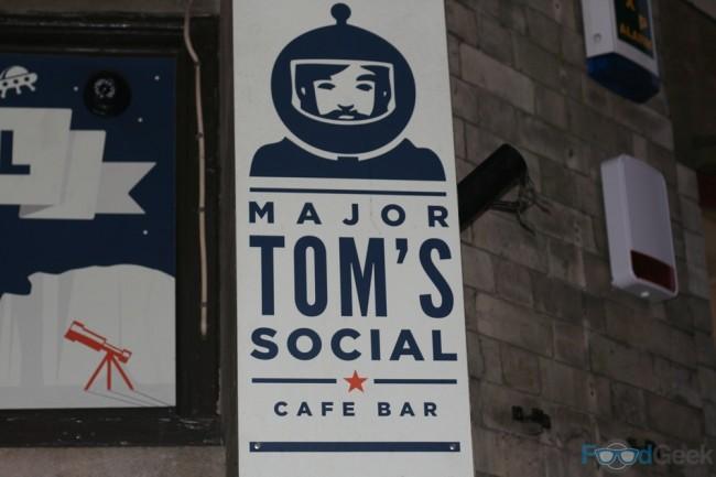 Major Tom's Social