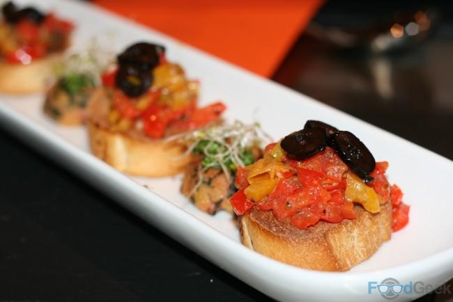 Crostini peperonata agrodolce
